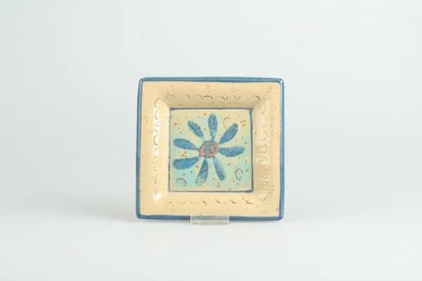 Töpferei Drehwurm quadratische Platte