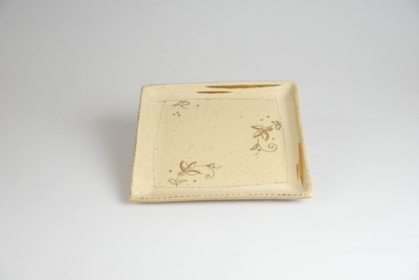 Töpferei Drehwurm Servierplatte weiß gold