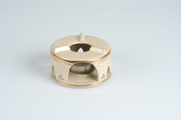 Töpferei Drehwurm Stövchen weiß mit Gold