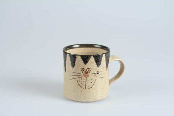 Töpferei Drehwurm Tasse mit Katze schwarz